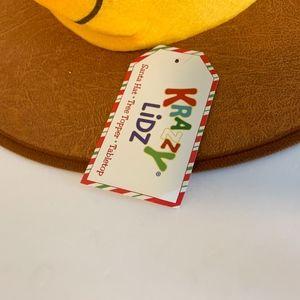 f757cba20c113 Krazy Lidz Accessories - New Krazy Lidz Santa hat Tree Topper Mug Stein Bee